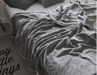 manta de coral tamaño queen al por mayor-Manta gruesa de franela de la manera clásica de la manta gruesa de la reina tamaño 150 * 200 cm sofá / cama / manta de la lana del viaje