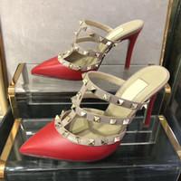 gold strappy schuhe hochzeit großhandel-HEISS! Big Size Frauen High Heels Sandalen Hochzeit Schuhe Leder Nieten Sandalen Frauen Nieten Riemchen Kleid Schuhe v High Heel Schuhe Absatz 9,5 cm