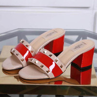corea nuevas sandalias al por mayor-Nueva moda coreana salvaje antideslizante sandalias de tacón alto sexy tendencia de cuero de lujo tacones altos Tamaño 34-42 número: 35-969