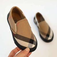 zapatillas de goma zapatos para caminar al por mayor-Zapato de moda para niños bebé niño niña zapatos de diseñador zapatillas de deporte Eu 21-36 cuero vamp + caucho niño casual caminando niño