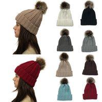 stricken häkeln hüte großhandel-Frauen Pom Pom Beanie 9 Farben Outdoor Winter Warme Fellknäuel Hut Skullies Beanie Solid Knit Crochet Cap OOA7112