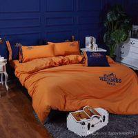 tekstil malzemeleri toptan satış-Tasarımcı klasik işlemeli pamuk yatak ev tekstili 4 parça 1 takım tatil aile arkadaşlar hediye Yatak Malzemeleri 2020