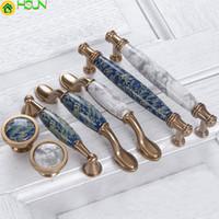ingrosso manopole blu del cassetto-1 pz Blue Leaf dipinto a mano in ceramica e manopole Armadietto Armadio Manopola Cassetto maniglie Armadio tira