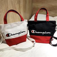 lona bordado bolsas venda por atacado-Lona bordado campeões carta bolsa de ombro bolsa de ombro crossbody viagem praia tote sacos de compras Ins Zipper bolsas C3156