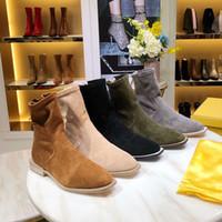 las mejores marcas de zapatos de mujer de senderismo al por mayor-Botas de invierno de mujer de diseño de lujo de alta calidad Botas de cuero de gamuza Pies flacos Botines de senderismo Zapatos de marca Super star