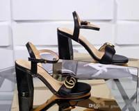 sandalias tacones gruesos al por mayor-Nuevo Sandalias de cuero para mujer Diseñador de lujo Sandalias Tacón grueso Cuero Suelas de goma Zapatos Mujer Zapato Sandalias