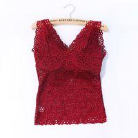 colete longo acolchoado venda por atacado-Camisoles Sexy Flower Lace Com Chest Pad longo V-Neck mangas cor sólida Vest Nova