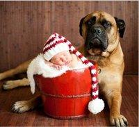 ingrosso cappelli rossi a crochet per i ragazzi-A mano Knit Crochet Cappello da Babbo Natale bambino, rosso Xmas ragazza del neonato Berretto con Pompon Natale, infante della coda lunga Stripe Beanie