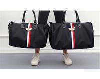 Wholesale bee cell resale online - Designer Luxury Handbags Purse Travel Bags Large Capacity Mens Fitness Bag Fashionable Shoulder Slanting Bag Bee Waterproof for Ladies Hot