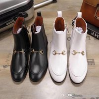botas planas de otoño de las mujeres al por mayor-otoño invierno Diseñador cremallera botas cortas botas de Martin de fondo de alta calidad zapatos de la mujer broche de piel de vaca de metal de lujo botas planas del tamaño de 35-41