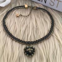 collar collar de cuello de metal mujeres collar al por mayor-Diseñador joyería corazón colgante gargantillas abejas abalorios collares clásico color de metal viejo para las mujeres moda caliente