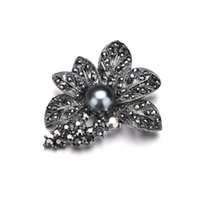Wholesale gun brooches for sale - Group buy Retro Style gun Black Rhinestones Brooches Pins Simulated Pearl Leaf Shape Brooch For Women Vintage Scarf Jewelr b448