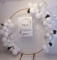 dövme demir dekor toptan satış-5 Boyutları Parti Düğün Sahne Dekor Ferforje Yüzük Kemer Zemin Yuvarlak Arch Çim İpek Yapay Çiçek Sıra Standı Duvar raf