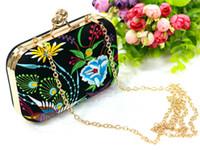 ethnisch gestickte handtaschen großhandel-2016 nationale Tendenz ethnische gestickte Tasche handgemachte doppelte konfrontiert Stickerei Messenger Schultertasche Handtaschen