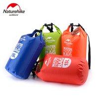 mavi yüzme çantası toptan satış-15L Ultra taşınabilir su geçirmez seyahat çantaları 4 renkler NatureHike açık sürüklenen yüzme su geçirmez çanta Kırmızı / Mavi / Turuncu / Yeşil