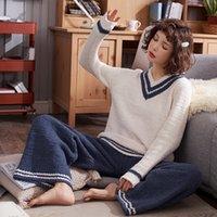 gevşek pijama toptan satış-Basit Çizgili Pijama Ücretsiz Boyutu Gevşek Kış Yumuşak Kadife Ev Giyim Tatlı V Boyun Uzun Kollu Pijama Takım