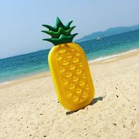 ingrosso vecchi giocattoli gonfiabili-Giocattoli gonfiabili della piscina della spiaggia di divertimento di estate di acqua del galleggiante gonfiabile dei bambini all'aperto del giocattolo del bambino gonfiato ananas della frutta dell'ananas