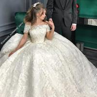 batas de lujo al por mayor-Vestidos de boda de lujo en tren real 2019 Vestido de fiesta Manga larga Robe De Soiree Vestido largo de Mariage Vestidos de novia
