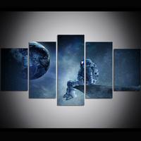 tela de pintura a óleo espacial venda por atacado-5 Peça Grande Tamanho Da Arte Da Parede Da Lona Astronauta no Espaço Pintura A Óleo Arte Da Parede Fotos para Sala de estar Pinturas Decoração Da Parede