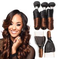 brezilya kıvırcık saç paketleri toptan satış-8A Brezilyalı Ombre Renk Bahar Kıvırmak Saç 3 Demetleri ile Kapatma 4X4 Ombre Ücretsiz Bölüm Dantel Kapatma ile Bakire Remy Bahar Kıvırmak Örgü