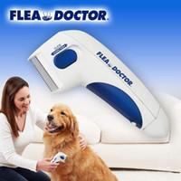 ingrosso strumenti medici-Dog Pet Flea Pidocchi pettine Dottore Cat Anti Flea Comb Pidocchi Remover animali di controllo pulizia Attrezzi OOA6752-23