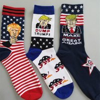 hombre mujer bandera americana al por mayor-Donald Trump Cotton Socks 2020 Stripe Campaña presidencial calcetín hasta la rodilla Make American Great Funny Men Women USA Flag star Stockings C9201