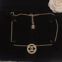 jóia colar de design colar venda por atacado-Novo estilo de festa colar presente pérola diamante mulheres moda jóias mix design de moda jóias mulheres vestuário clavícula cadeia colar di-o1