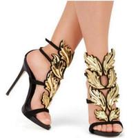 zapatos de hoja de plata al por mayor-Alas de diseño Sandalias de mujer Desnudo plateado Rosa dorado Hoja de tiras Tacones altos Sandalias de gladiador Zapatos de mujer Bombas Zapatos de vestir con correa en el tobillo