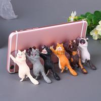 şekil standları toptan satış-Telefon Tutucu Sevimli Kedi Aksesuarları Destek Reçine Cep Telefonu Tutucu Standı Sucker Tabletler Danışma Sucker Eylem Doll Smartphone Tutucu Şekil