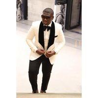 elfenbein weißes tuxedo schwarzes revers großhandel-2018 dauerte Mantel und Hose Weiß Elfenbein Schwarz Satin Schal Revers Smoking Hochzeitsanzüge für Männer Slim Fit Formal Prom Custom Blazer