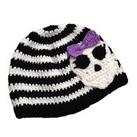 Wholesale Novelty Stripe Character Hat Handmade Knit Crochet Baby Girl Skull Hat with Bow Infant Halloween Hat Newborn Photography Prop