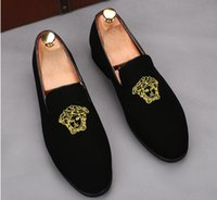 Wholesale embroidered velvet moccasin resale online - 2019 Promotion New spring Men Velvet Loafers Party wedding Shoes Europe Style gold Embroidered Velvet Slippers Driving moccasins