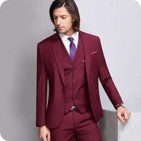 yarasa adam elbisesi toptan satış-Bordo Erkek Takım Elbise Slim Fit Damat Smokin Notch Yaka Groomsmen Smokin Düğün Ceketler Batı 3 Parça İş Takımları (Ceket + Pantolon + Yelek)