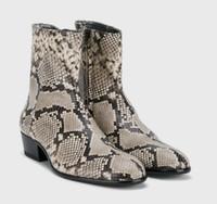 homens de pele de cobra homens venda por atacado-Moda Snakeskin Chelse boot boot couro masculino Botas de salto baixo ponto legal toe mujer barcos sexy party shoes homens