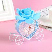 avrupa arabası şekerleme kutusu toptan satış-Şeker Kutusu Düğün Avrupa Demir Hediye Kutuları Romantik Kalp Şekli Kabak Arabası Düğün Favor ve Hediyeler
