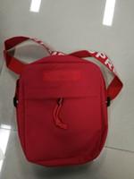 mini sac à bandoulière achat en gros de-Designer New Arrive Cross Body Sacs Lettre Imprimé Designer Messenger Sac Hommes Oxford Épaule Designer Cross-Body Sac Zipper pour Femmes