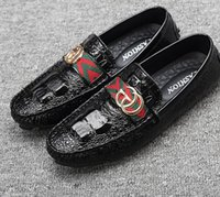 Wholesale new style flat footwear resale online - Promotion New Men Loafers Moccasin Crocodile Style Footwear Slip On Flat Driving Shoes Classical Male Gommino Zapatos DH2A23