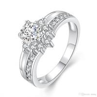 anillos de compromiso imitacion oro blanco al por mayor-Anillos románticos para las mujeres de imitación de oro blanco incrustaciones analógico anillo de diamante Hermosa novia compromiso boda anillo de amor joyería