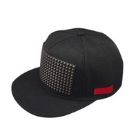 головные уборы оптовых-Fashion Summer Unisex Baseball Sunscreen Cap Hip Hop Hats Rivet Decorate Adjustable Men Women Hat Casual Flat Brim Caps NYZ Sho