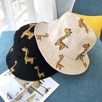 bebek kız zürafa toptan satış-Bebek şapka Koreli Çocuklar Zürafa karikatür pamuk balıkçı kova şapka kız erkek yaz düz üst havza kap monte şapkalar tasarımcı caps vizör