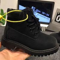 sarı martin botları toptan satış-Bebek çocuk kedi gençler lastik deri çizmeler çocuk boy kız yüksek kalite klasik sarı pembe siyah açık rahat ayakkabılar size26-34