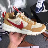 arte unisex al por mayor-2019 Nuevo lanzamiento Tom Sachs Craft Mars Yard TS NASA 2.0 Shoes AA2261-100 Natural / Sport Red-Maple Causal Zapatos causales unisex Tamaño 36-45
