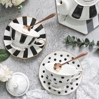 1Pcs Flower Shaped Coffee Cup Saucer Set European Style Ceramic Afternoon Tea Set Fine Bone China Tea Cup Gold-rimmed Drinkware