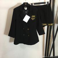 ingrosso blazer button set-Designer 2019 Black Gold Letter Ricamo Blazer e shorts da donna Colletto a V di fascia alta Doppio bottoni 2 pezzi