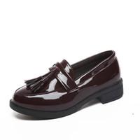 huf stil großhandel-Damen Leder Schuhe Huf-Heels Freizeitschuhe Plattform 2019 Herbst Winter Britischen Stil Flache Fransen Slip-on Fashion Classic