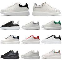 hauts pour hommes achat en gros de-alexander mcqueens Designer Luxe Homme Casual chaussures de remise en forme en cuir Hommes Femmes Blanc en cuir confortable chaussures de course à plat Chaussures Casual 36-44
