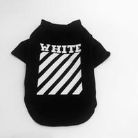 köpek giysileri çizgileri toptan satış-Gelgit Marka Pet Stripes Beyaz Stripes ile Moda Köpek Yavrusu Gömlek Teddy Kedi Kitty için Basit Stil Pet Giysi