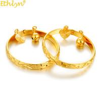 kız çocuklar altın takı toptan satış-Ethlyn 2 adet / grup Altın Renk Bileklik Kız / Bebek / Çocuk Charm Gypsophila Bilezik Çanları Kalp Takı Çocuk Yılbaşı Hediyeleri B132