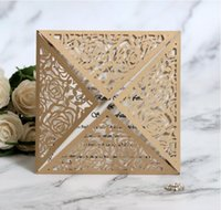 papier de dentelle d'or achat en gros de-Carré Or Laser Cut Dentelle Fleur Motif Invitations De Mariage Cartes invitation du parti carte carte de papier