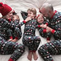 menina menino natal roupas combinando venda por atacado-Família Pijama de Natal Conjunto Pijamas Impressos Para Mulheres Adultas Homens Crianças bebê meninas Menino Xmas Nightwear Roupas Combinando Roupas de Família